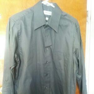 Mens Van Heusen Button Up Shirt
